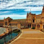 La ciudad de Sevilla cierra 2019 con récord de viajeros, según periódicos de Sevilla